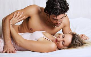 Как легко затащить девушку в постель: секреты соблазнения