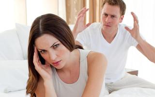 Как перестать ревновать девушку ко всем подряд: советы психологов