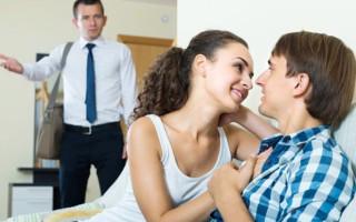 Что делать если девушка изменила парню: прощать или нет