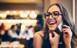 Секреты общения с девушкой по телефону: о чем поговорить
