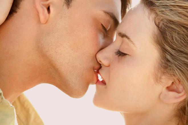 Поцелуй при близости